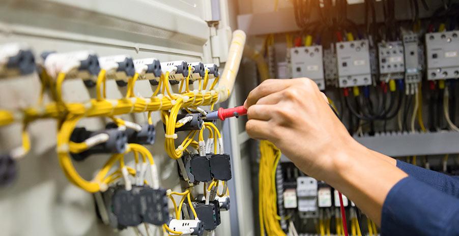 Hur är det att jobba som elektriker i Stockholm?
